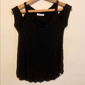 Michael Lauren cold shoulder tee size XS